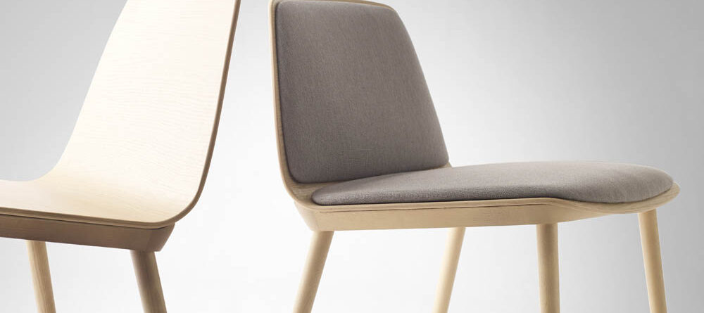 Treku Bisell Lounge Chairs Left Tobacco Shell And Legs Right Tobacco Shell And Legs With Pad In Fusion Crevin Grey
